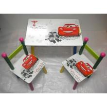Masuta copii cu 2 scaune Disney Lightning McQueen